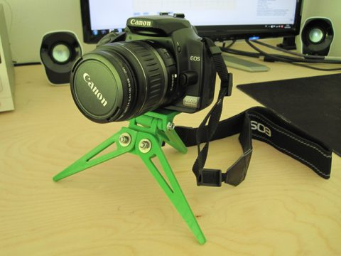 Compact Camera Tripod - foldable 3D model