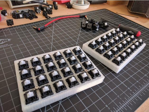 Let S Split Keyboard Plate Amp Case Free 3d Models