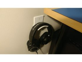 Wall Plate Headphone Holder 3D model