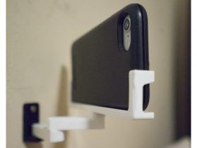Articulated Phone Holder, Wall-mounted 3D model