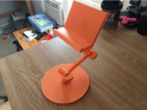 Adjustable phone/tablet stand 3D model