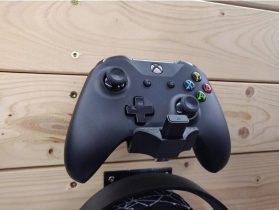 Xbox One S Controller Wall Mount