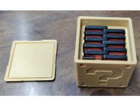 Question Block Switch Cartridge Case (11 cartridges + 2 microSD cards)