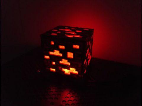 Minecraft Glowing Redstone Ore