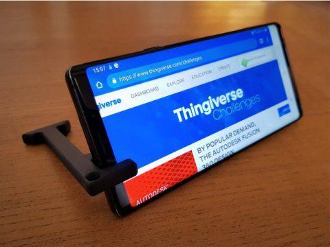 Minimal phone stand