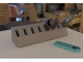 8 ports USB holder