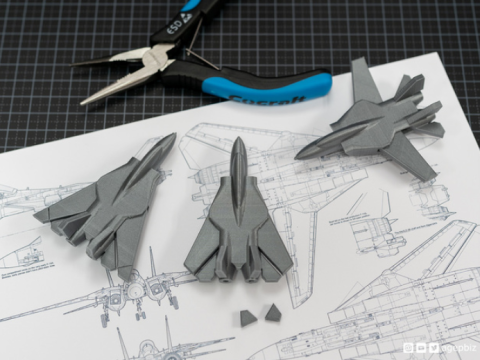 Print-in-place and articulated F14 Jet Fighter with Improved Wingdesign
